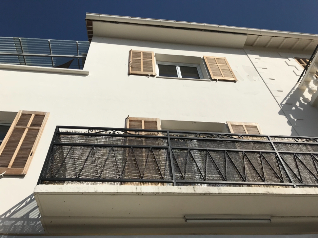 Magagnosc, appartement F1  bon état, lumineux belle mer vue avec parking