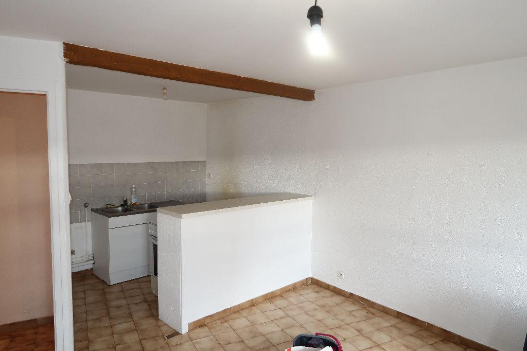 LAGNIEU Centre - appartement T2 de 41 m2