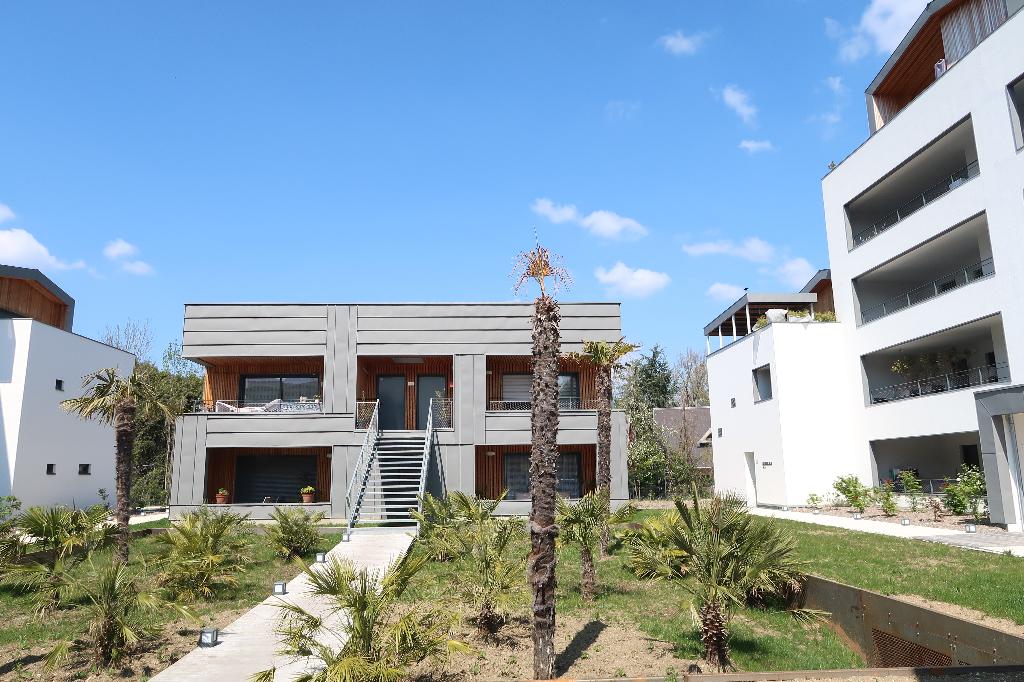 AIX LES BAINS - Lac - Appartement T3 de 72 m² avec loggia et garage