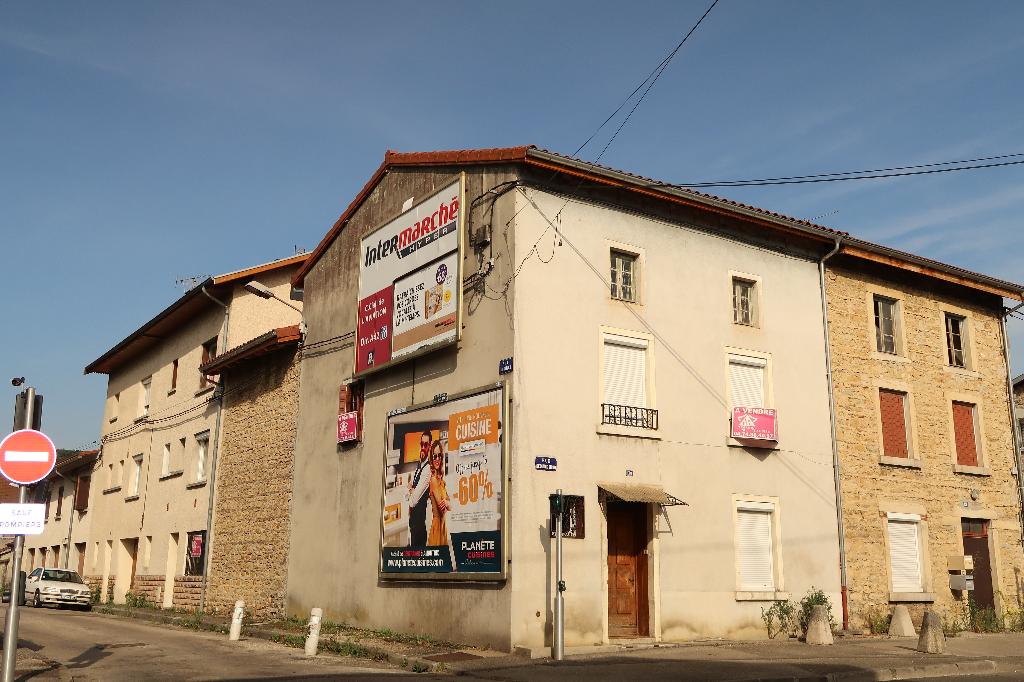 AMBERIEU - Maison T4