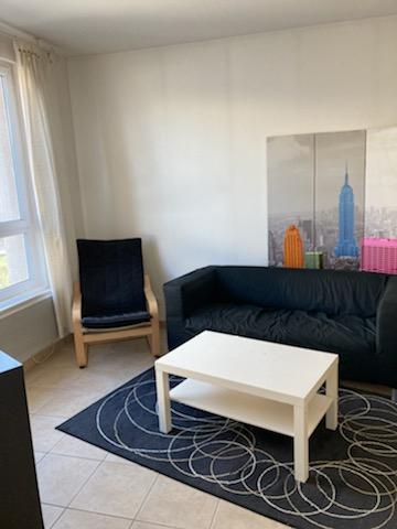 LAGNIEU - Studio MEUBLE de 35 m²