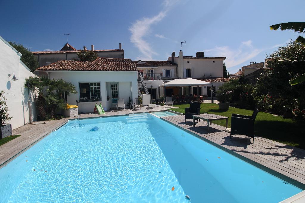 Meschers sur Gironde Belle demeure 380 m²
