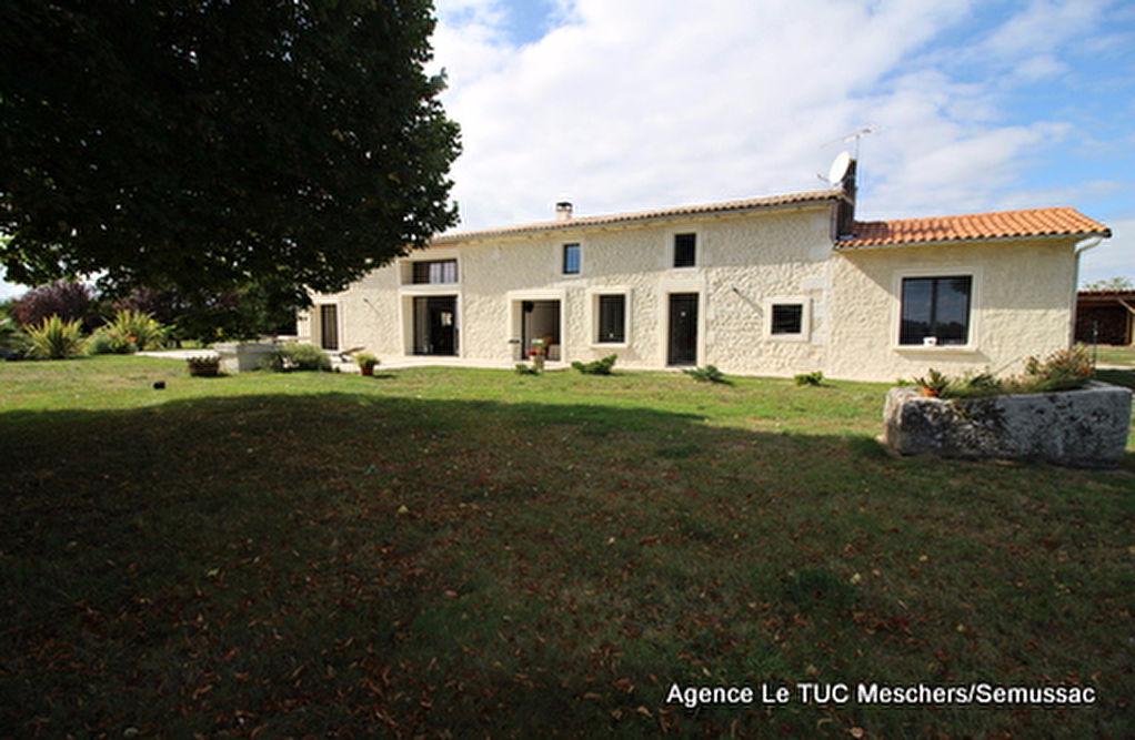 Semussac maison charentaise (160 m² env)