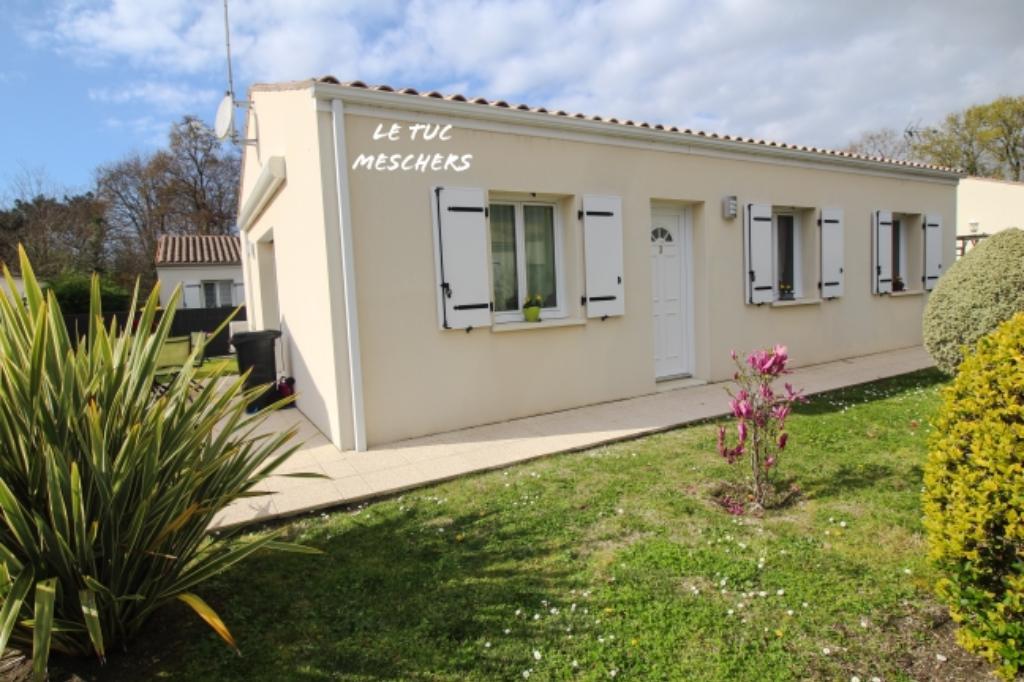 Maison proche Royan 80 m² environ et garage