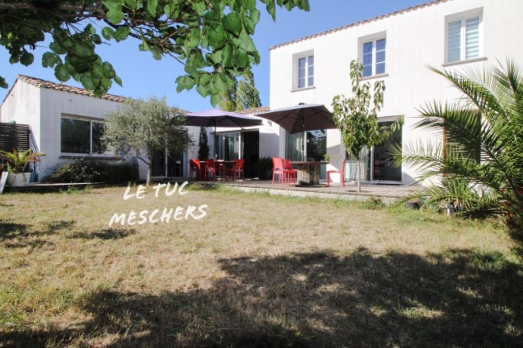 Maison Mornac Sur Seudre 6 pièce(s) 160 m2