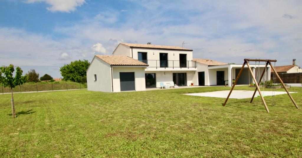 Maison proche Royan 200 m² - 9 pièces - contemporaine