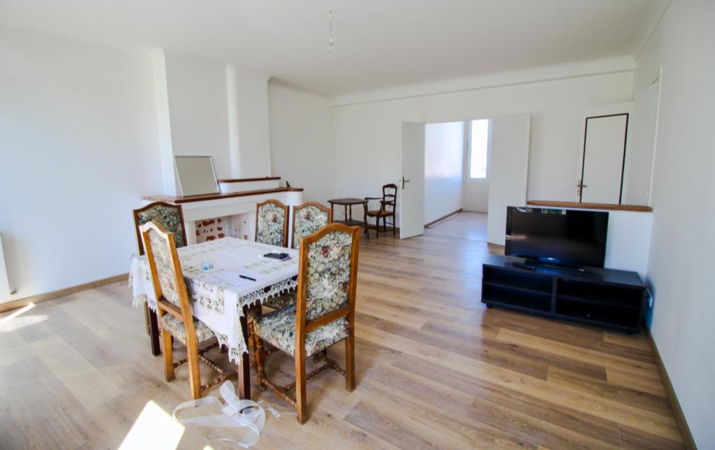 Appartement  4 pièce(s) à Royan