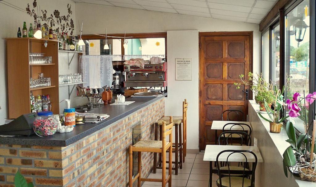 Entre MONTBRISON et SAINT ETIENNE HOTEL RESTAURANT BON CHIFFRE