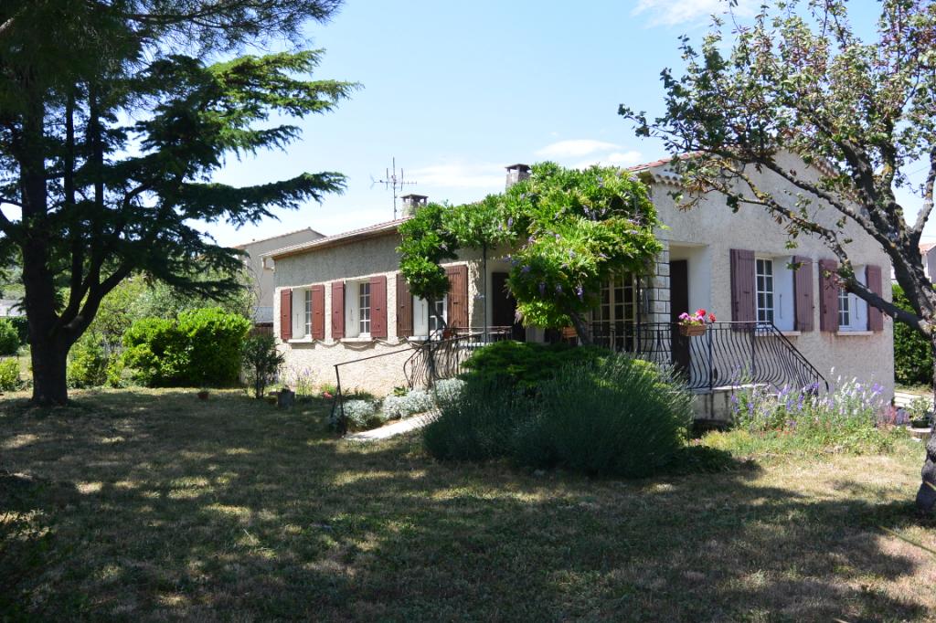 Maison  4 pièce(s) 93 m2 sur 1500 m2 de terrain