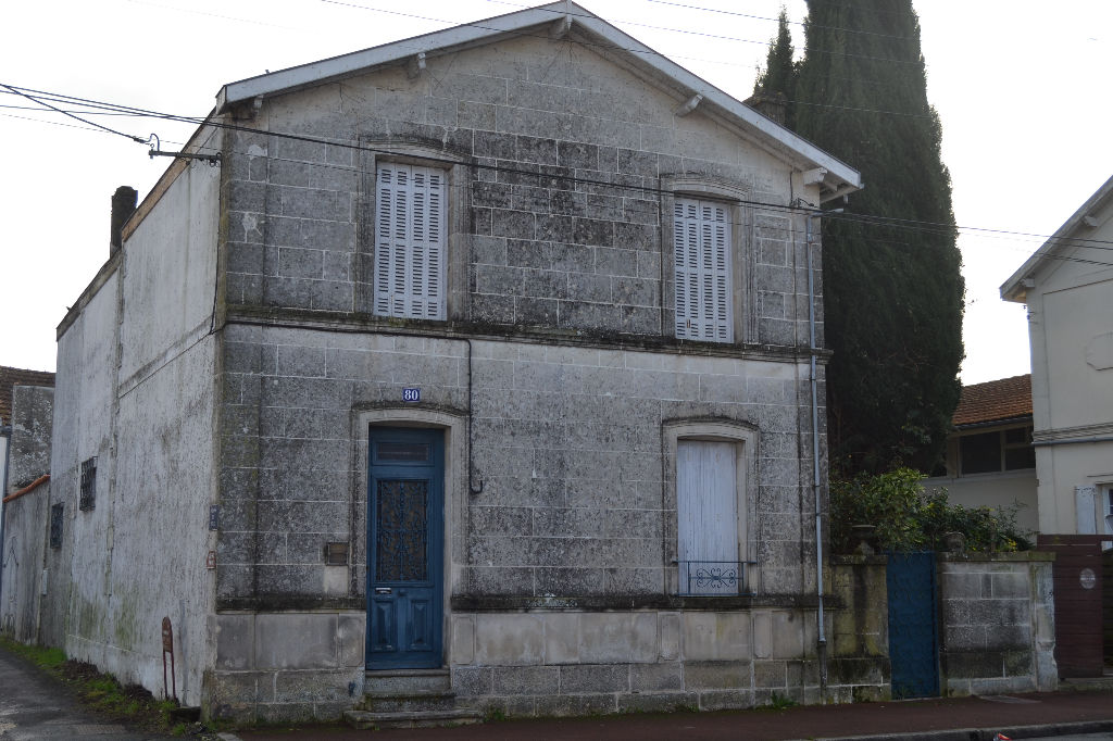 Maison Saintes  (17) centre ville