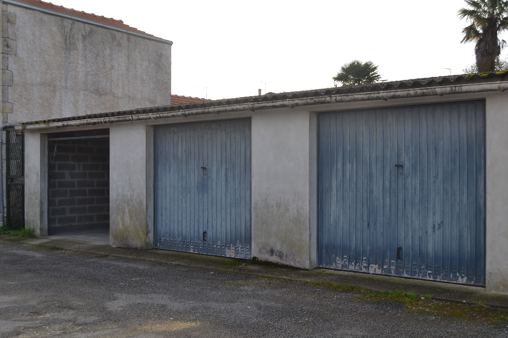 Garage Saintes (17) rive droite
