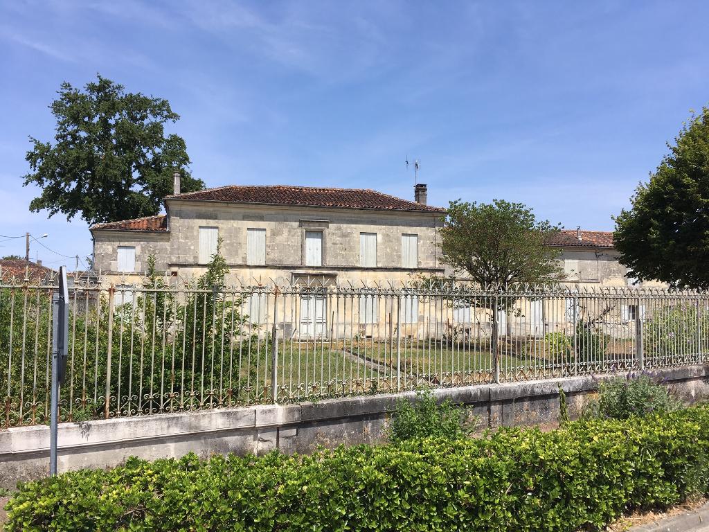 Maison charentaise proche de Cognac (16)