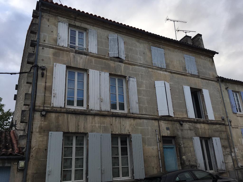 Immeuble à Cognac (16)