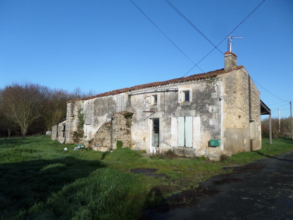 Maison à ARCHINGEAY (17) à rénover