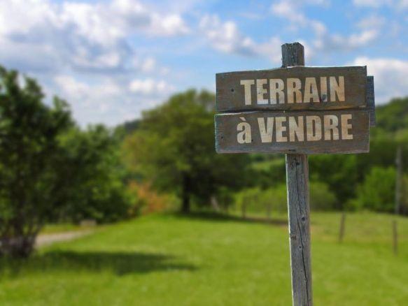 Terrain Mesnac 1200 m2