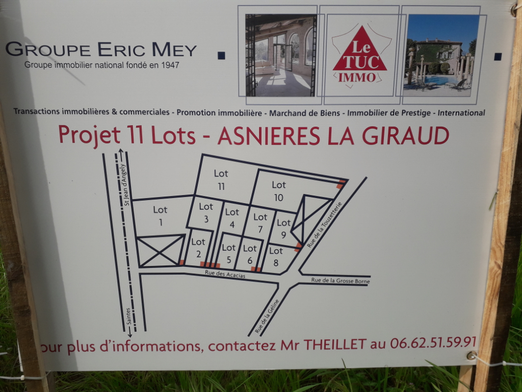 Terrain constructible à Asnieres La Giraud (17) de 1000 m2