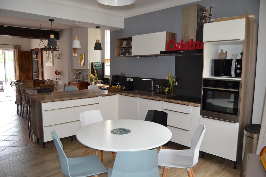 Maison Pons 5 pièce(s) 180 m2
