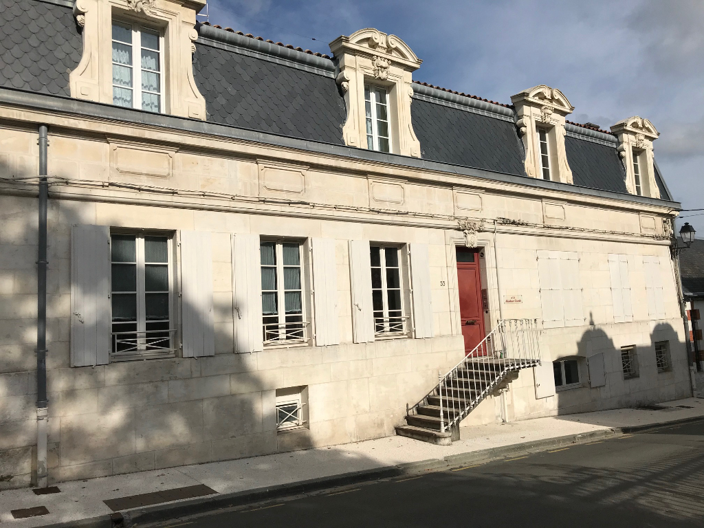 Appartement T3 au coeur de Saintes (17)