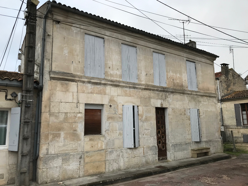 Maison Saintes (17) rive droite
