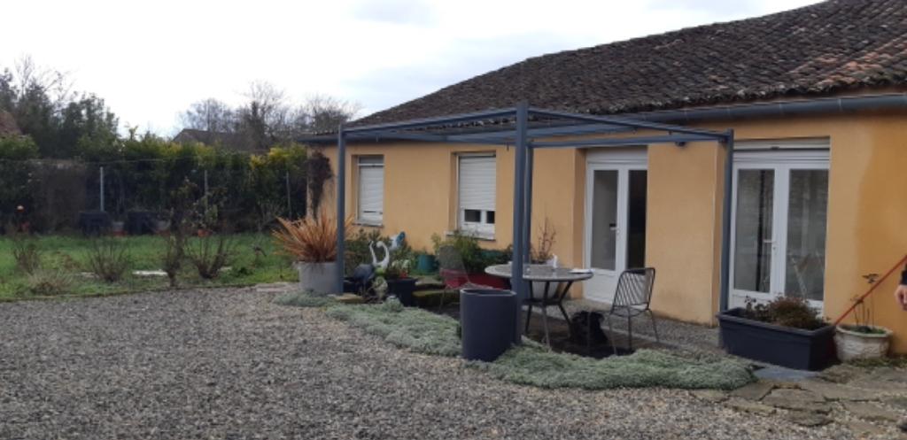Spécial investisseur : lot de 2 maisons à Courbillac (16)