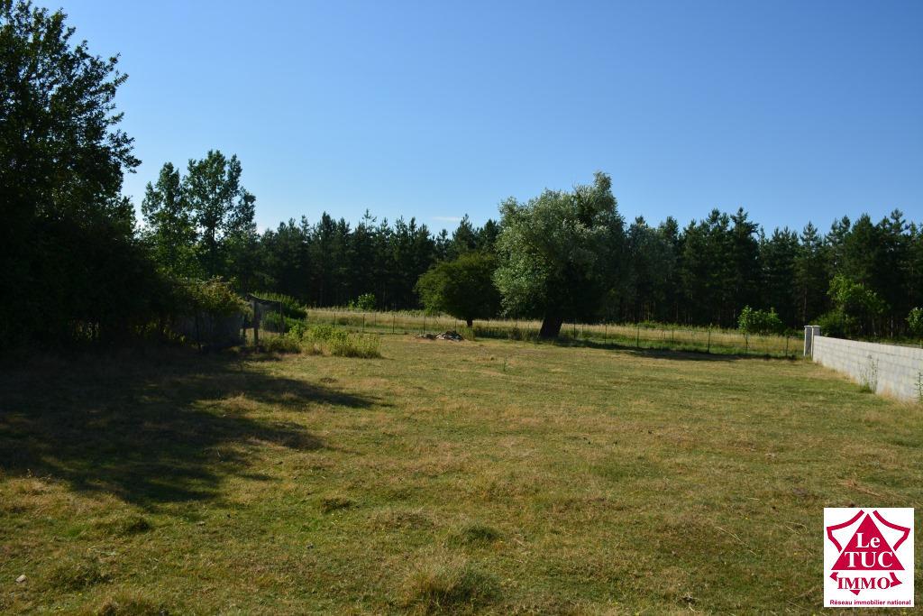 EYRANS beau terrain à bâtir d'environ 1 520 m²