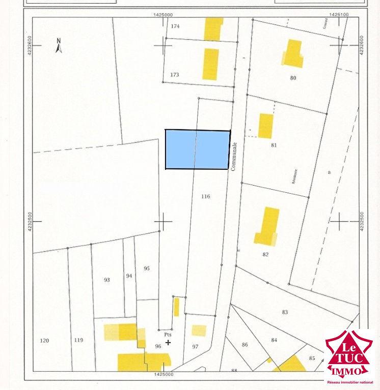 REIGNAC Terrain à bâtir d'environ 888 m²