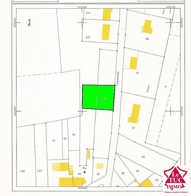 REIGNAC Terrain à bâtir d'environ 910 m²