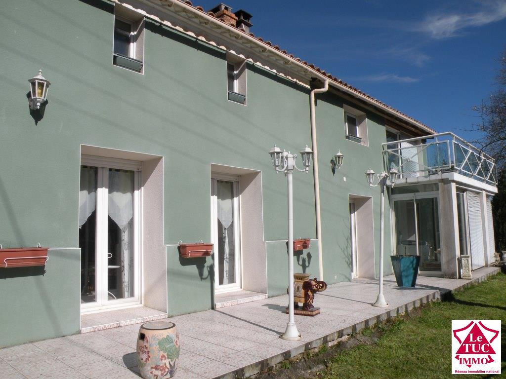 MARCILLAC Maison en pierres et moellons 170 m² sur 1 200 m²