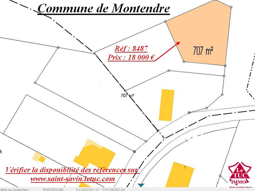 MONTENDRE TERRAIN A BATIR 700 M²