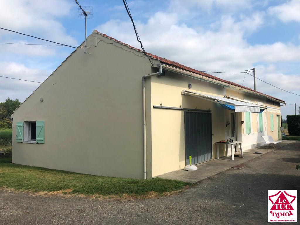SAUGON MAISON 3 CHAMBRES sur + de 8 hectares