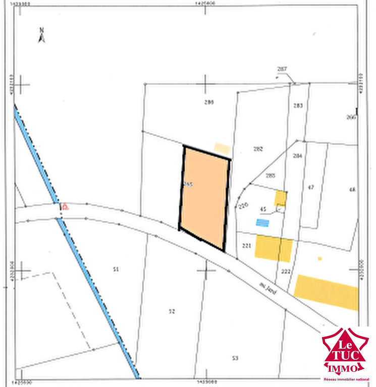 REIGNAC Terrain à bâtir de 1 112 m²