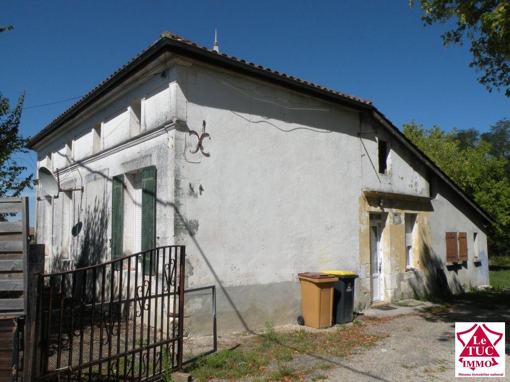 REIGNAC Maison en pierres 105 m² sur 4 000 m²