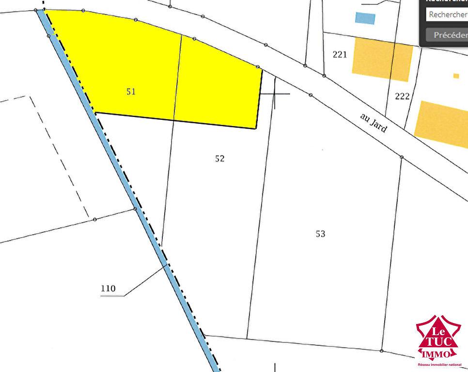 REIGNAC Terrain à bâtir d'environ 1 820 m²