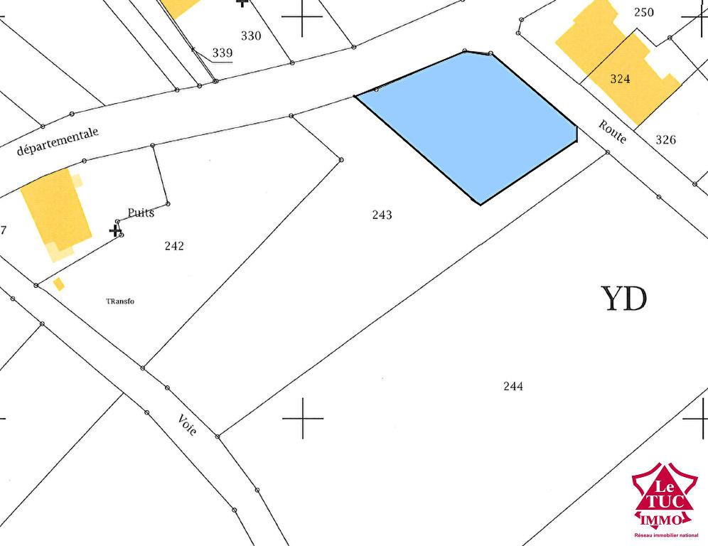 REIGNAC Terrain à bâtir d'environ 1 400 m²