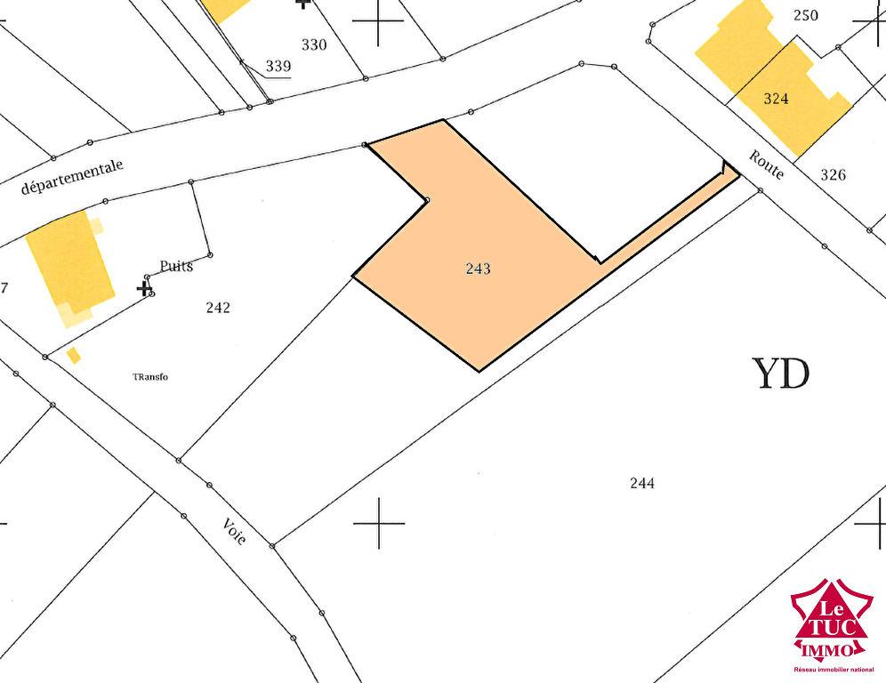 REIGNAC Terrain à bâtir d'environ1 440 m²