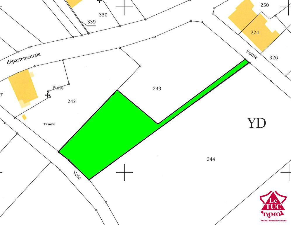 REIGNAC Terrain à bâtir d'environ 1 660 m²