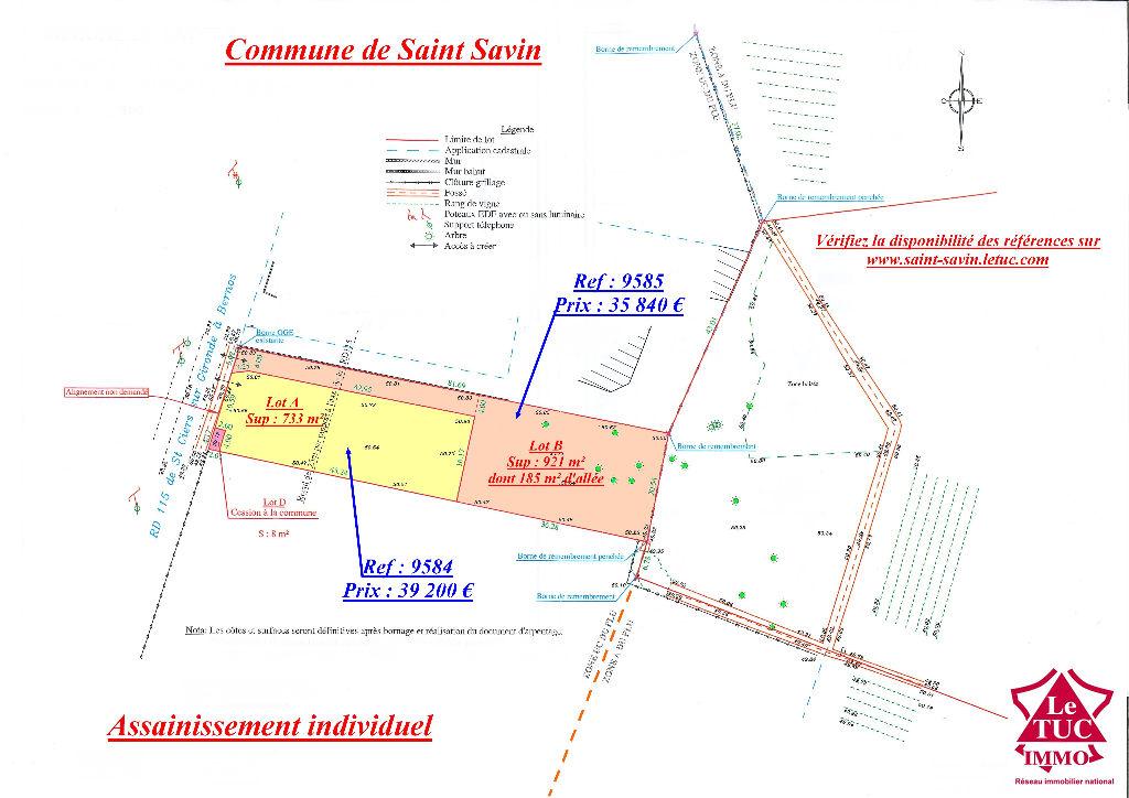 SAINT-SAVIN TERRAIN 921 m²