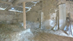 Cotes D'Armor, La Prenessaye.ancienne grange en pierre de 1657, à rénover entièrement, 115m2, avec grange en bois, & terrain. 4/10