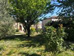 TARN ET GARONNE.  PRES CASTELSARRASIN  Maison de Maitre  centre village avec 5 chambres, jardin 17/18