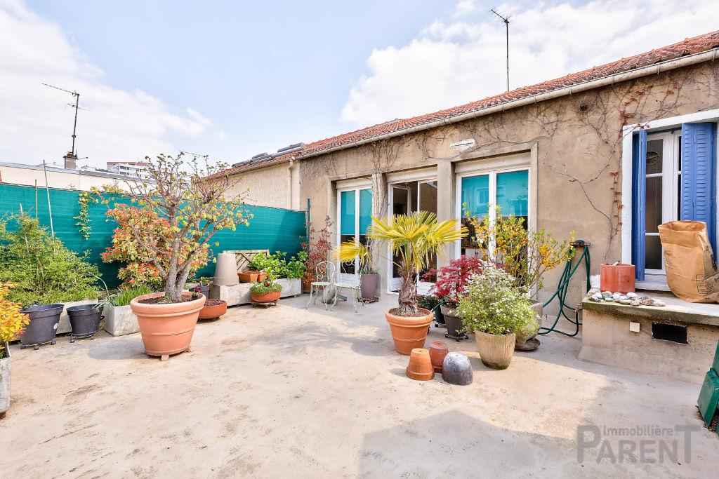 Maison de + ou - 115 m2 avec 50 m2 de terrasse