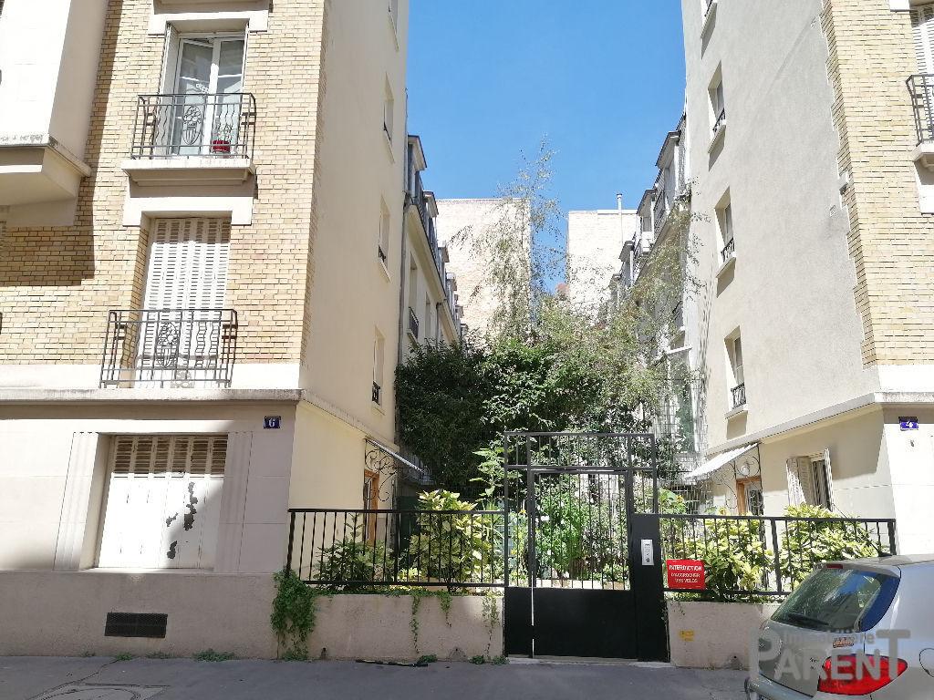 PARIS 15EME - Studio de 13,31 m²