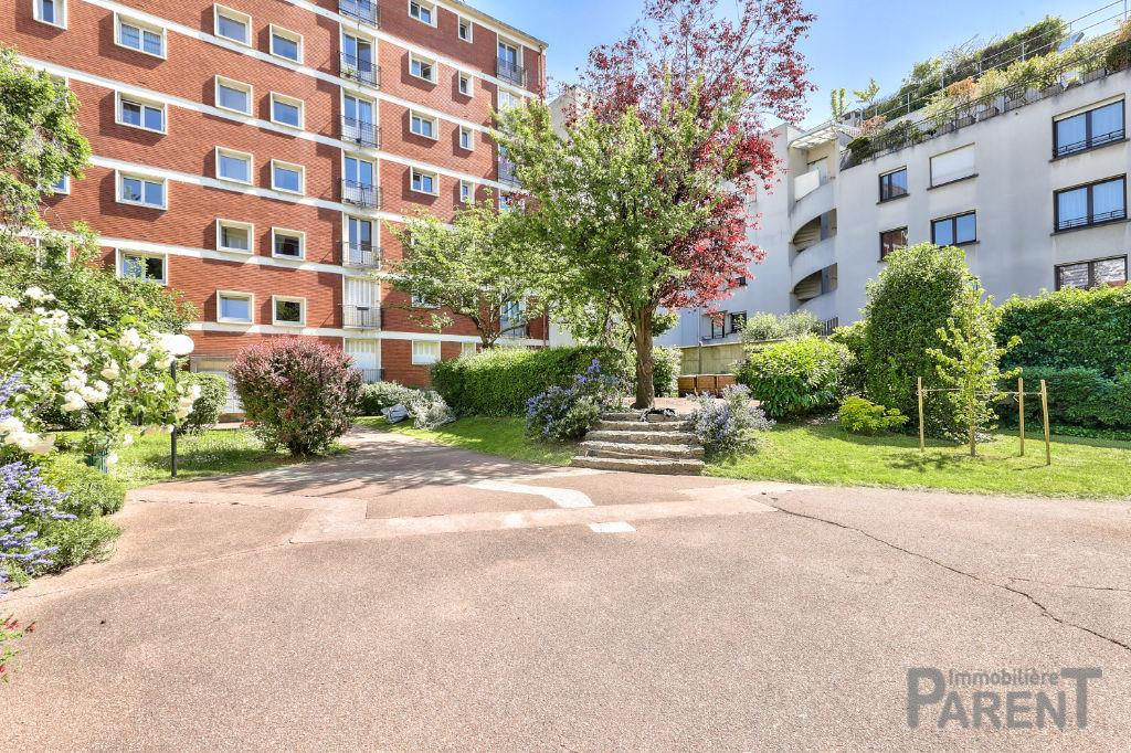 Appartement Vanves 3 pièce(s) 55 m2