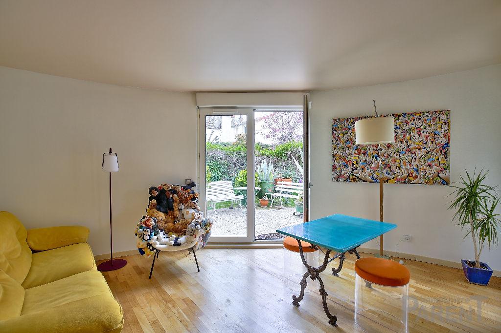 Ile St Germain 3 pièce(s) 75m2 avec 128 m² de Jardin