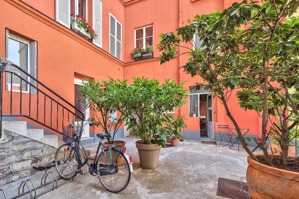 Vanves : 3 /4 Pièces en duplex de 81 m² - St Rémy
