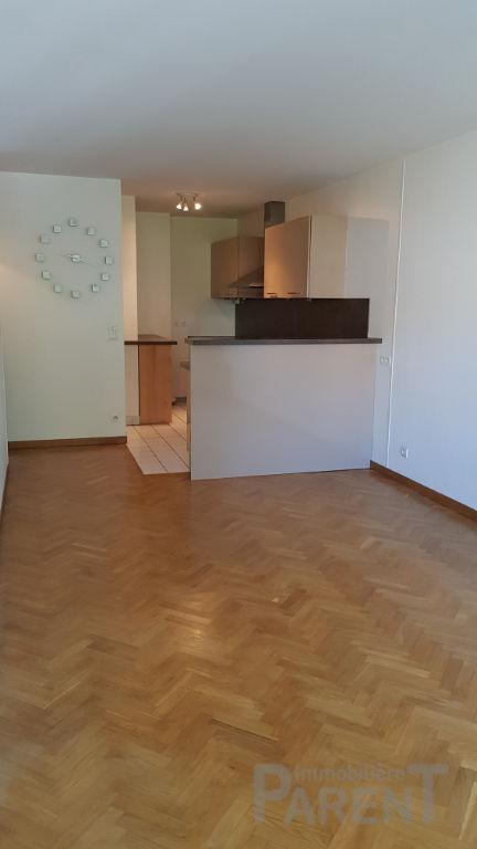 ISSY-LES-MOULINEAUX - 2 pièces de 49 m²