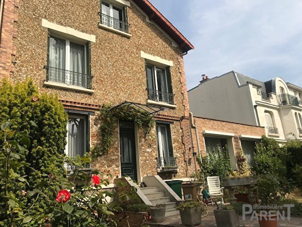 EXCLUSIVITE CHÂTILLON :  Belle maison familiale de 240 m² utiles