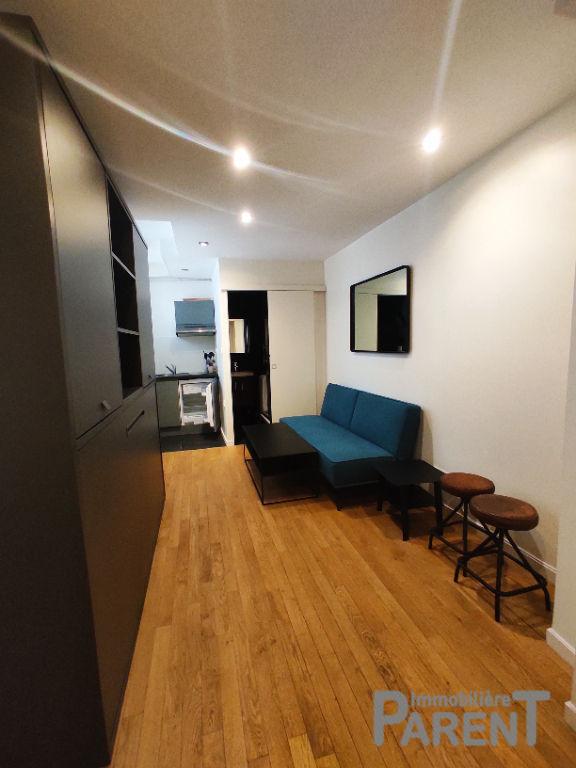 VANVES - Studio Meublé de 17,37 m²