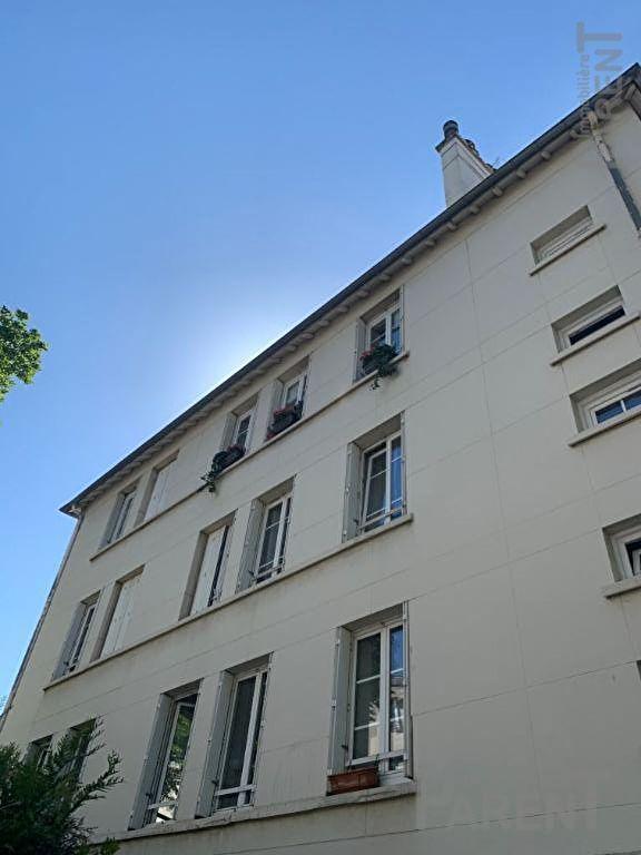 VANVES - 3 pièces de 60,51 m²