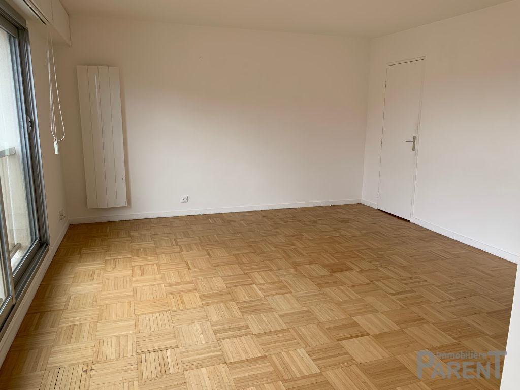 VANVES - 2 pièces de 39,98 m²