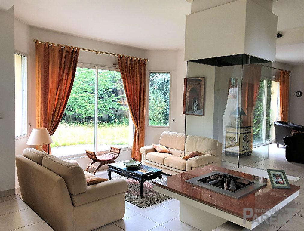 Maison 8 pièces 203 m² - Clamart